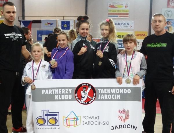 UKS Taekwondo zdobywa medale w Pradze