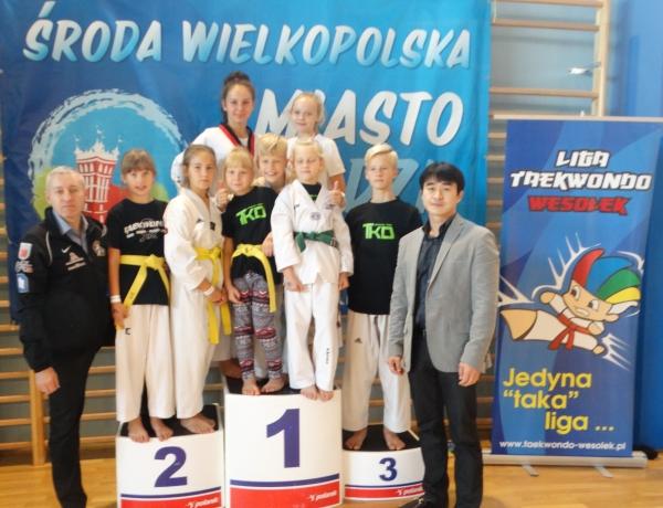 19 medali Taekwondo Jarocin w Środzie Wlkp.