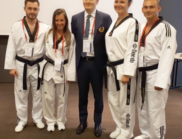 Krzysztof Łabutka z certyfikatem sędziego międzynarodowego